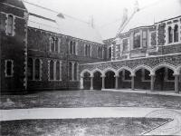 Canterbury College, University of New Zealand : lecture theatres in Northern Quad, to right is Engineering School.