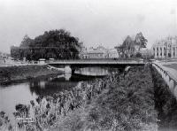 Avon River, Victoria Street Bridge with Provincial Chambers in the background [ca. 1888]