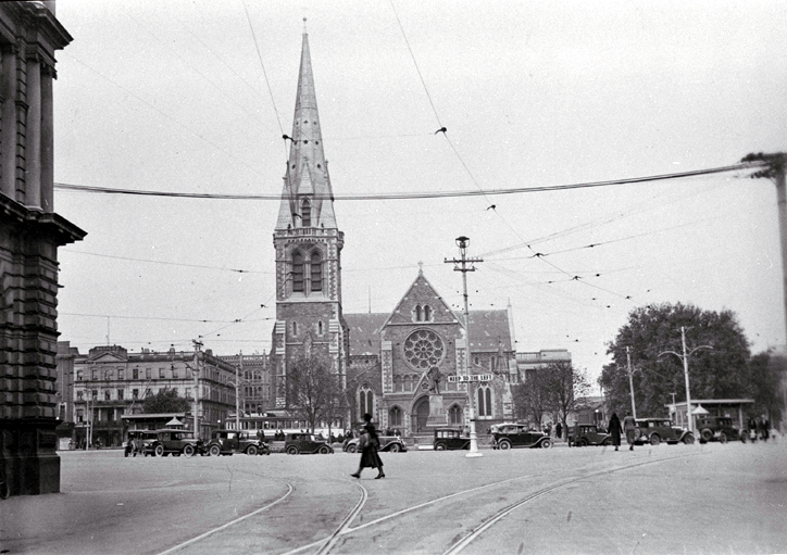 A view of Cathedral Square from Worcester Street : to the left is Warner's Hotel and The Press building.