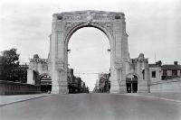 The Bridge of Remembrance with Cashel Street in the background [193-?]