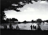 Children sailing model yachts on Victoria Lake, Hagley Park [ca. 1960]