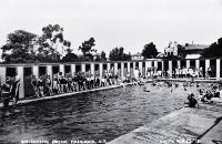 A busy day for the Rangiora swimming baths [1920?]