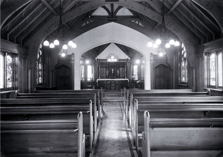 Nurses' Memorial Chapel interior