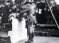 Colonel Hugh Stewart, President of the Christchurch Branch of the RSA places a wreath on the foundation stone, Bridge of Remembrance