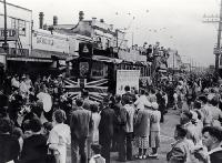 The last tram travels from the New Brighton Post Office to the pier [18 Oct. 1952]