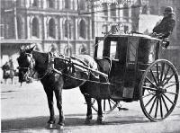 A hansom cab in Cathedral Square, Christchurch, waiting for customers
