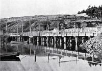 The old Ferry Bridge, soon before removal from over the Heathcote River, Christchurch [1909]