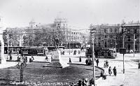 Cathedral Square looking east past the Godley Statue to Worcester Street, Christchurch, ca1918