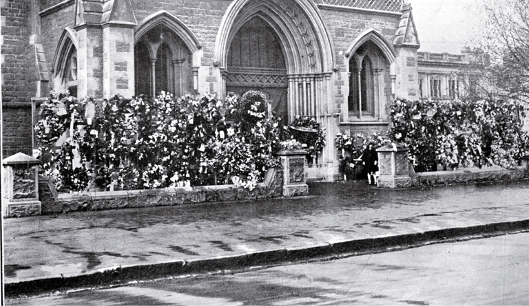 About 200 wreaths lay outside the front porch of the Christchurch Cathedral [25 Apr. 1923] CCL PhotoCD 3, IMG0050