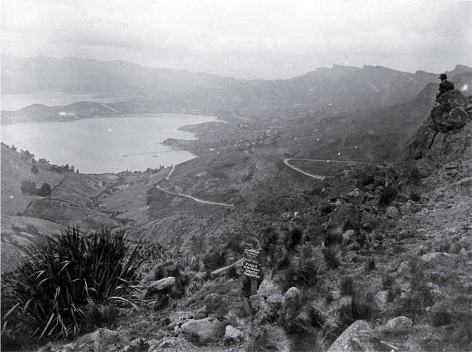 A view from Sugarloaf across Governor's Bay to Manson's Peninsula, Lyttelton Harbour at the beginning of the Rathmore track