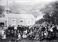 Opening of the Roman Catholic church at Oaro, Hundalee 1906