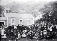 Opening of the Roman Catholic church at Oaro, Hundalee 1906