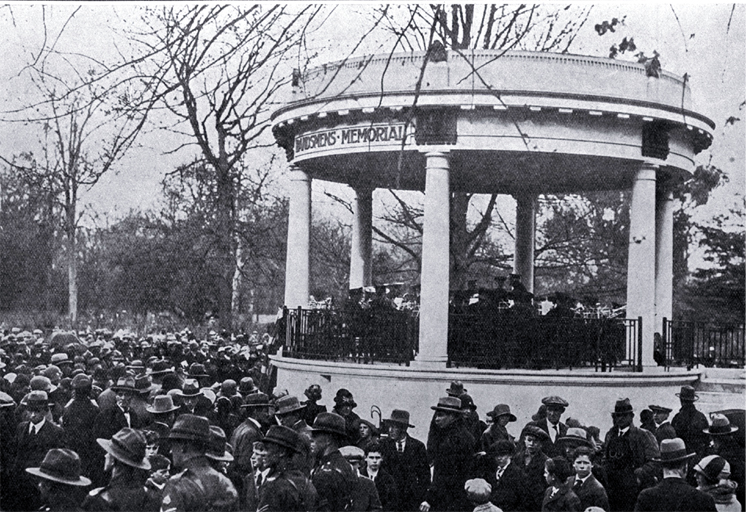 The opening of the Bandsmens Memorial rotunda, Botanic Gardens, Christchurch [19 September 1926]
