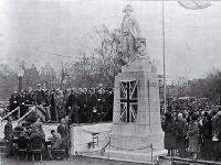 Unveiling of the Captain Cook statue in Victoria Square by the Governor-General [10 Aug. 1932]