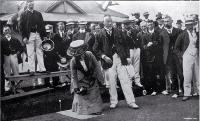 Opening day at the Edgeware Bowling Club's green [22 Oct. 1910]