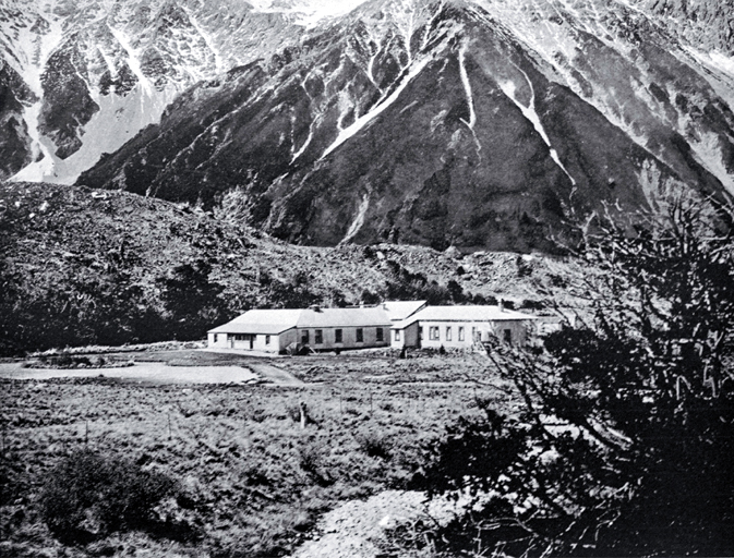 In 1901 the control of the Hermitage Accommodation House passed to the newly formed Dept. of Tourist and Health Resorts
