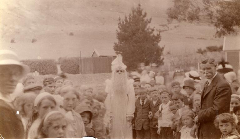 Father Christmas (Mr. McMillan) at Heathcote School - Mrs. Yeale in foreground - Mr James Weir - Chairman School Committee - 1900 - 1910