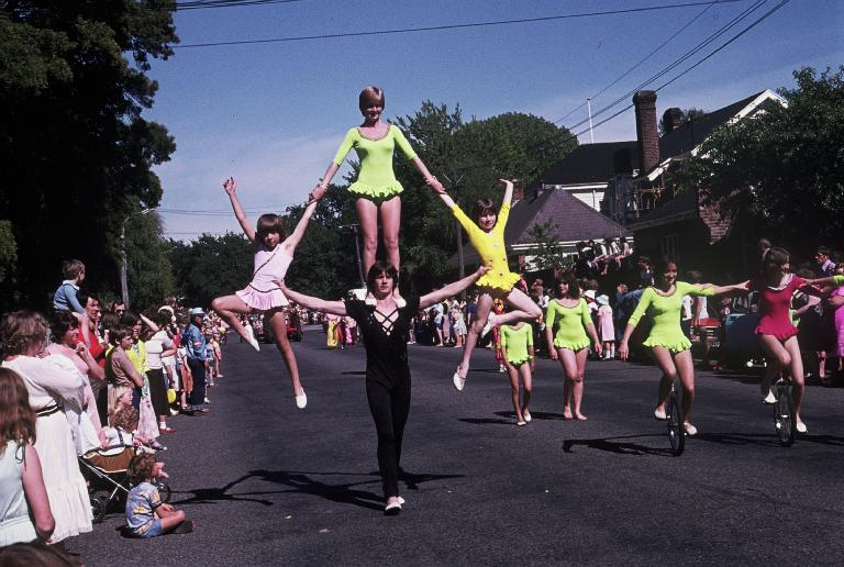 Photo of Acrobats at the Hay's Christmas parade.