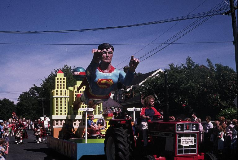 Photo of Superman float in the 1978 Hay's Christmas parade.