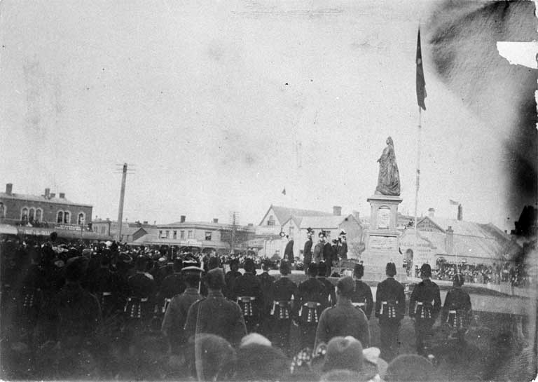Unveiling the memorial statue of Queen Victoria in Victoria Square on Empire Day