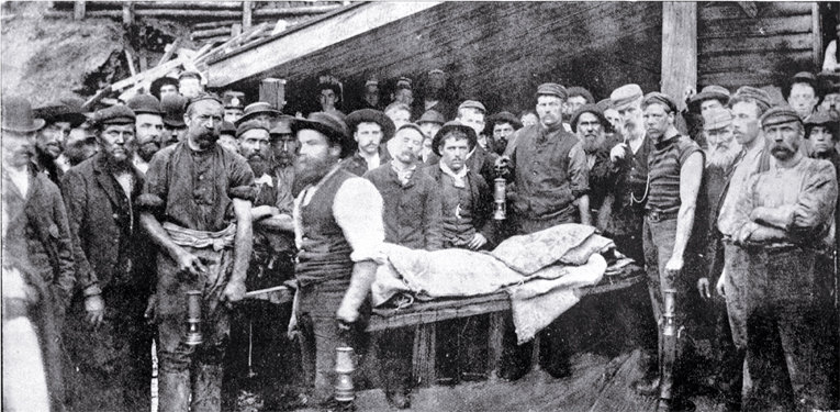 Rescuers begin the job of removing bodies within the mine, Brunner mining disaster [1896], CCL PhotoCD 2, IMG0072